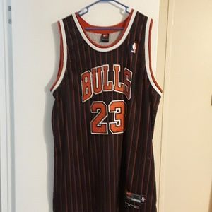 timeless design 7dfe5 7aff5 Nike Flight Chicago Bulls Michael Jordan Jersey NWT